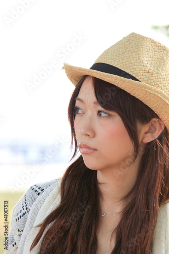 Princess MAIKO Benicio in Early Summer / Straw hat