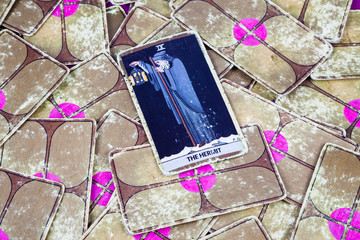 The Hermit, Tarot card, Major Arcana (2)