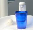 Acqua cade nel bicchiere - dal dentista