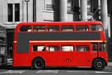 Fotoroleta Czerwony autobus na ulicy Londynu