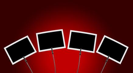 Fotoclip 4x vor rotem Hintergrund 1