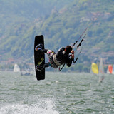 salto con kite surf
