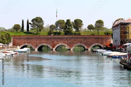 peschiera del garda - ponte sul canale di mezzo
