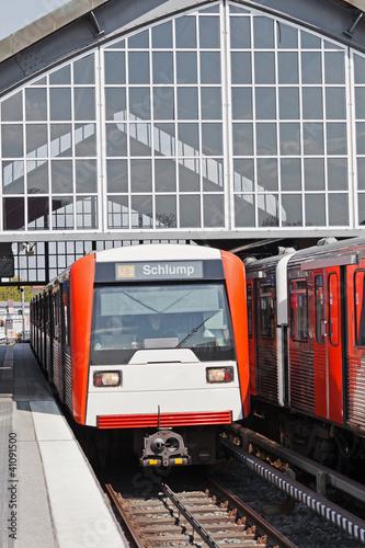 U-Bahnzüge in Hamburg - 41091500