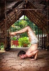 Grunge Yoga Ganda Bherundasana