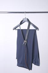 pantaloni e cintura
