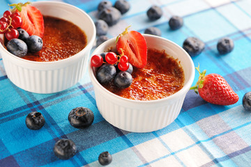 Creme brulee (cream brulee, burnt cream)