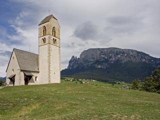 Schlern mit Kirche