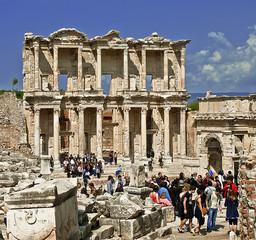 Efes Antik Kent Kütüphane 3