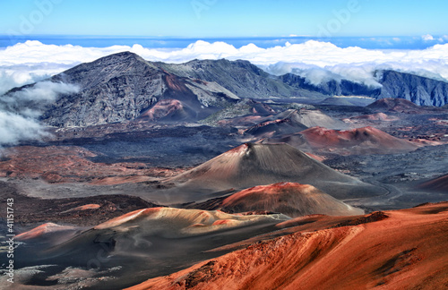 Fotobehang Vulkaan Vulkankrater Haleakala (Hawaii) - HDR-image