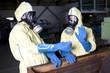 Experten in Fabrik wegen Strahlgefahr