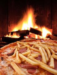Pizza Patatine e Wurstel