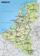 Autobahnkarte der Beneluxländer mit Hauptstädten