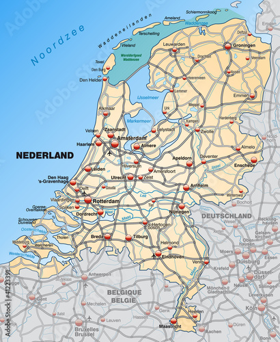 Landkarte der Niederlande mit Autobahnen und Nachbarländern