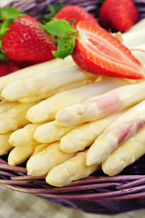 Spargel, Obst