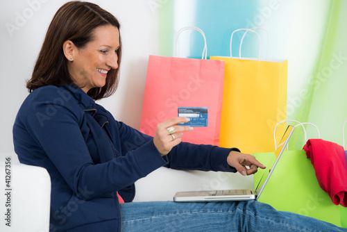 online-einkauf per kreditkarte