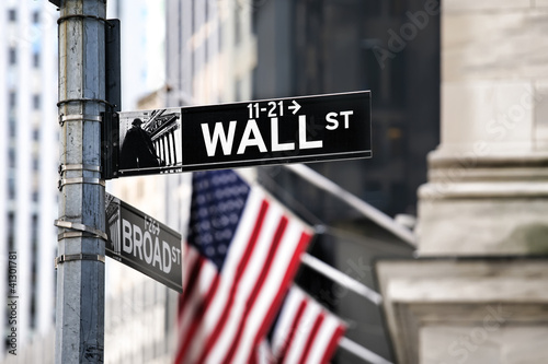 Sticker Wall street