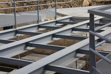 Chantier de Pont métallique piéton, suspendu, verdun 2013