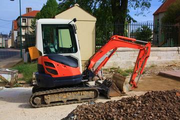 Pelle à chenilles, travaux dans la terre creuser, chantier