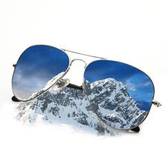 occhiali sulla neve