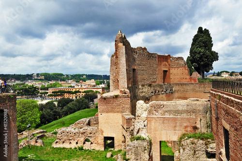 Roma, rovine del colle Palatino - palazzi imperiali