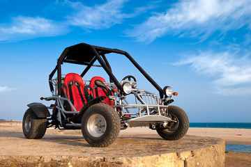 Buggy 4x4 on the beach, Buggy en la playa