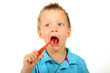 Kind putzt seine Zähne 2