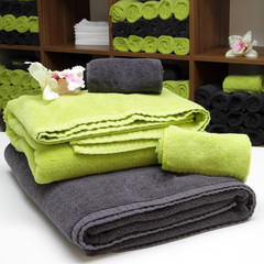 wellness towel - green and grey