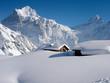 Wetterhorn mit Alphütten