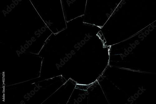 Crackled and broken window - 41376114