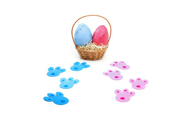 Colored tracks for Easter eggs hunt