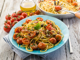 guitar spaghetti with pachino tomatoes and capers