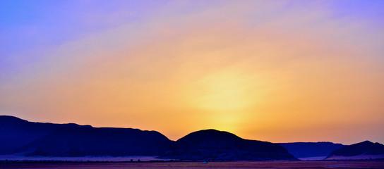 WADI RUM DESERT SUNRISE