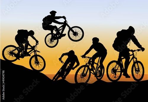Fototapeta conquer mountain biking