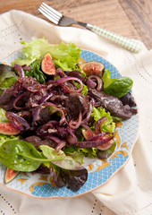 Chicken liver and fig salad