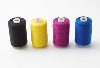 Rocchetti di filo vari colori