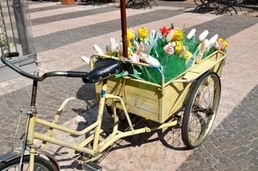 carretto con fiori