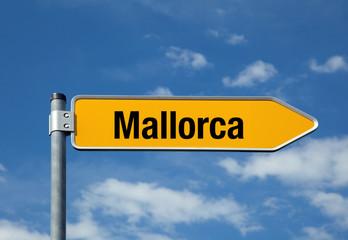 Pfeil mit blauem Himmel MALLORCA