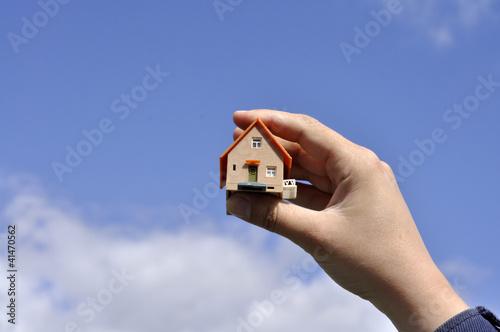 Ein Haus im Freien
