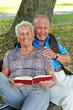 Älteres Senioren Paar ist verliebt.