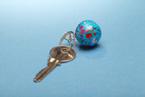 Key chain with globe
