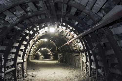 Foto op Aluminium Tunnel Underground tunnel in the coal mine