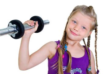 Mädchen mit Gewichte heben