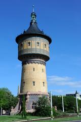 Historischer Wasserturm von 1897 in Halle Saale