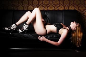 Sexy auf der Couch