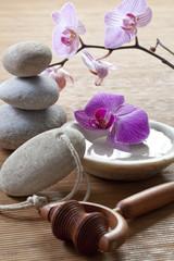 rubbing massaging treatment