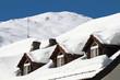 Schneemassen auf Dach