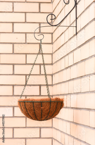 Flower basket - hanging cache-pot