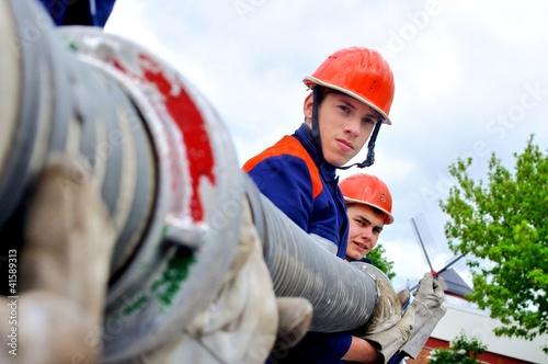 Leinwanddruck Bild Jugendfeuerwehr Saugleitung kuppeln