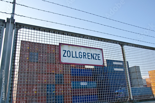 Zollgrenze Container - 41678754